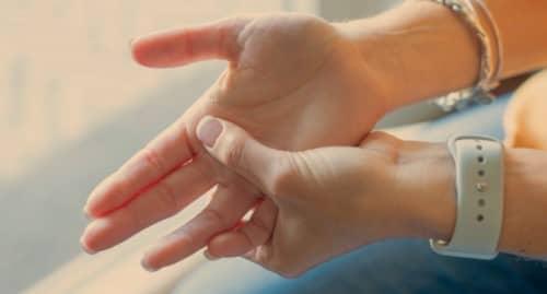 Gejala dan penyebab trigger finger